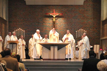 elevationaltar20eucharist201